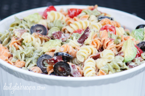 Creamy Bacon Avocado Pasta Salad