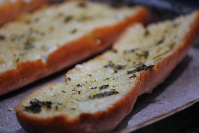 garlic bread homemade