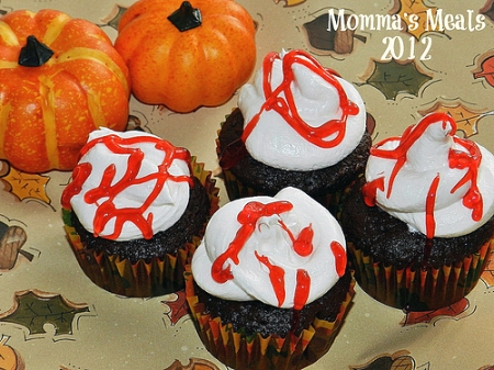 Halloween Recipes: Bleeding Devil Cakes