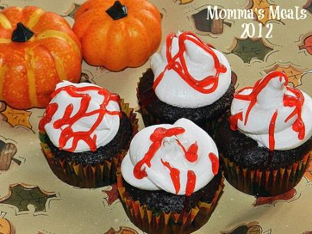 Halloween Recipes: Bleeding Devil Cakes