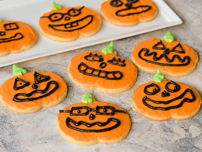 Halloween Recipes: Jack O' Lantern Halloween Cookies
