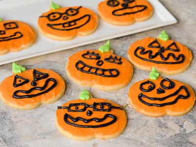 Halloween Recipes: Jack O' Lantern Halloween Cookies