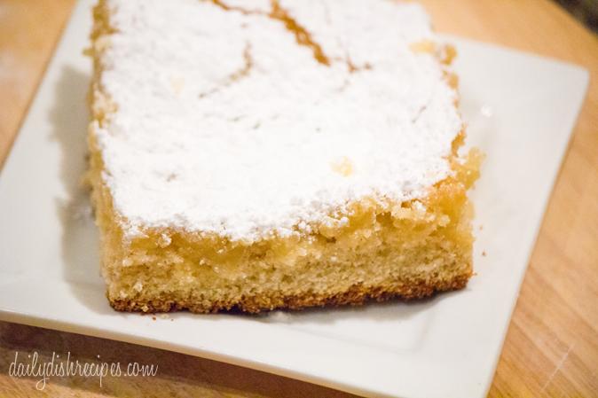 Eggnog Gooey Butter Cake Recipe