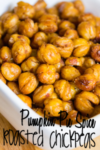 crunchy-pumpkin-pie-spice-roasted-chickpeas