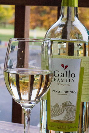 Pinot-Grigio-Glass