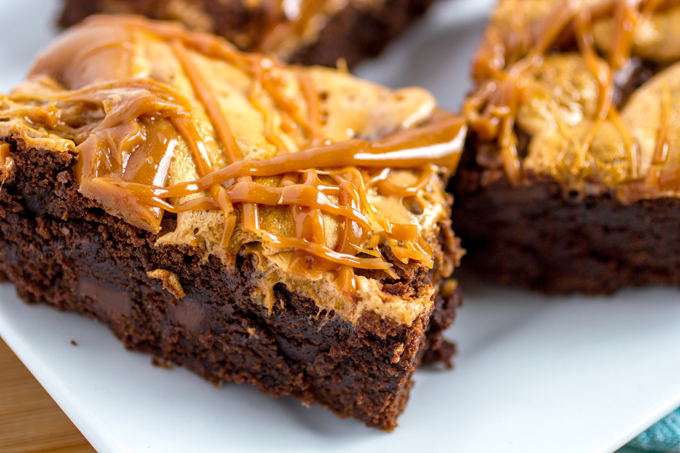 Caramel Pumpkin Spice Marshmallow Brownies #SweetenTheSeason #ad